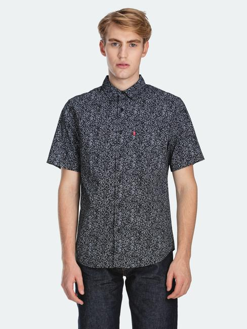 Levi's-Short-Sleeve-Classic-One-Pocket-Shirt