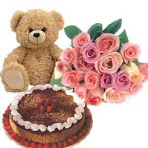 Butterscotch Cake, Pink Roses n Teddy