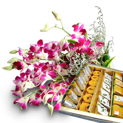 Bunch of 10 Orchids with Mix Sweets