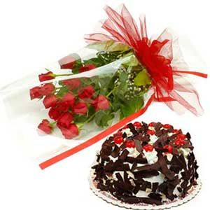 Bunch of Roses n Black Forest Cake