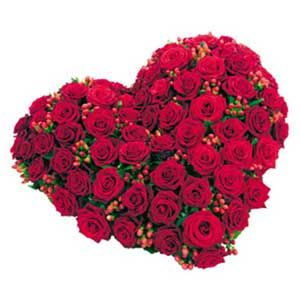 35 Red Roses Heart Shape Flower