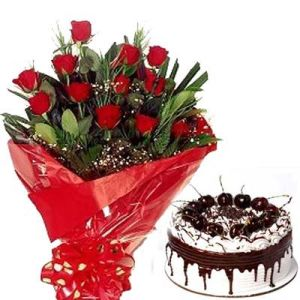 Bunch of 12 Roses n Black Forest Cake