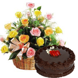 Basket of Roses with 1/2 Kg Chocolate Cake