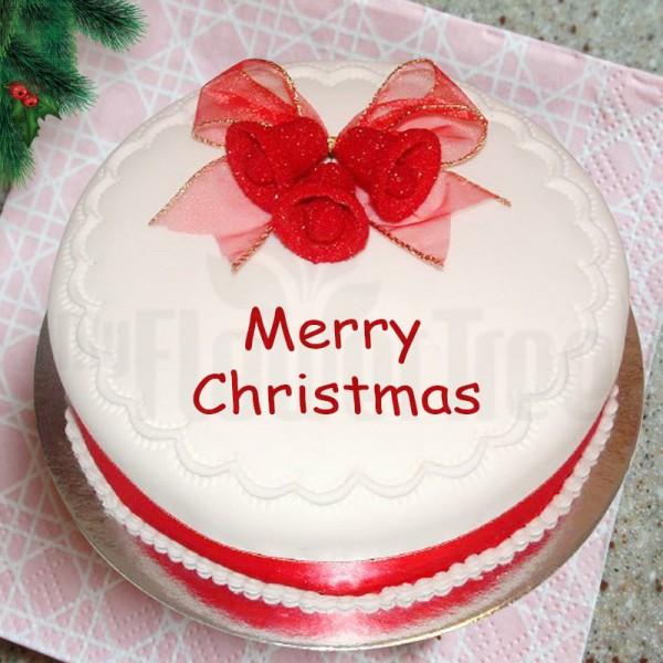 1 Kg Christmas Strawberry Cake