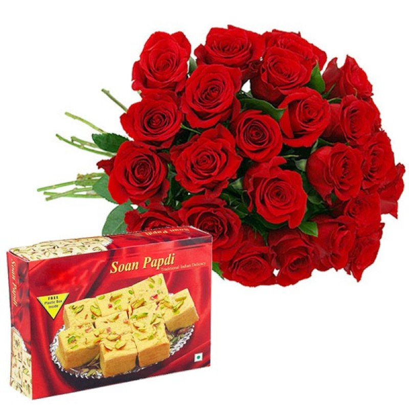 12 Red Roses With Soan Papdi