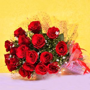 Hand Bunch Of 12 Red Roses